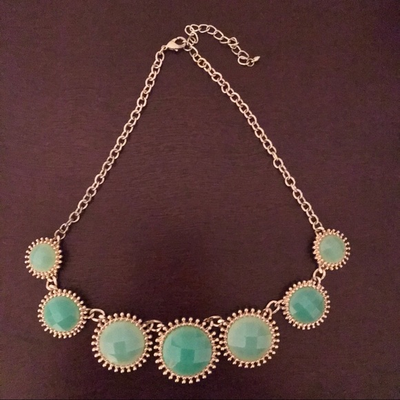 Jewelry - Green Statement Necklace